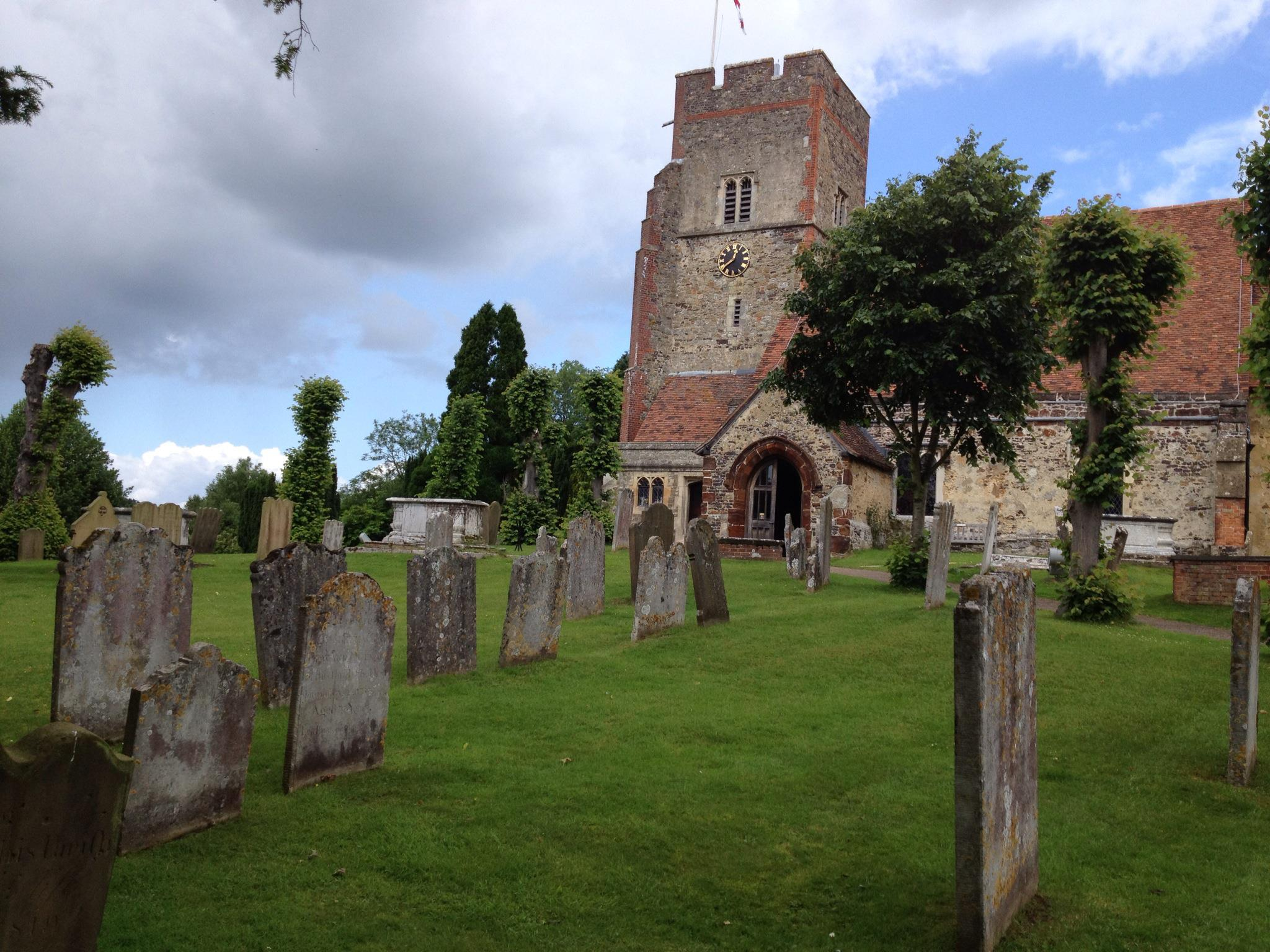 St Peters Church graveyard, Ightham