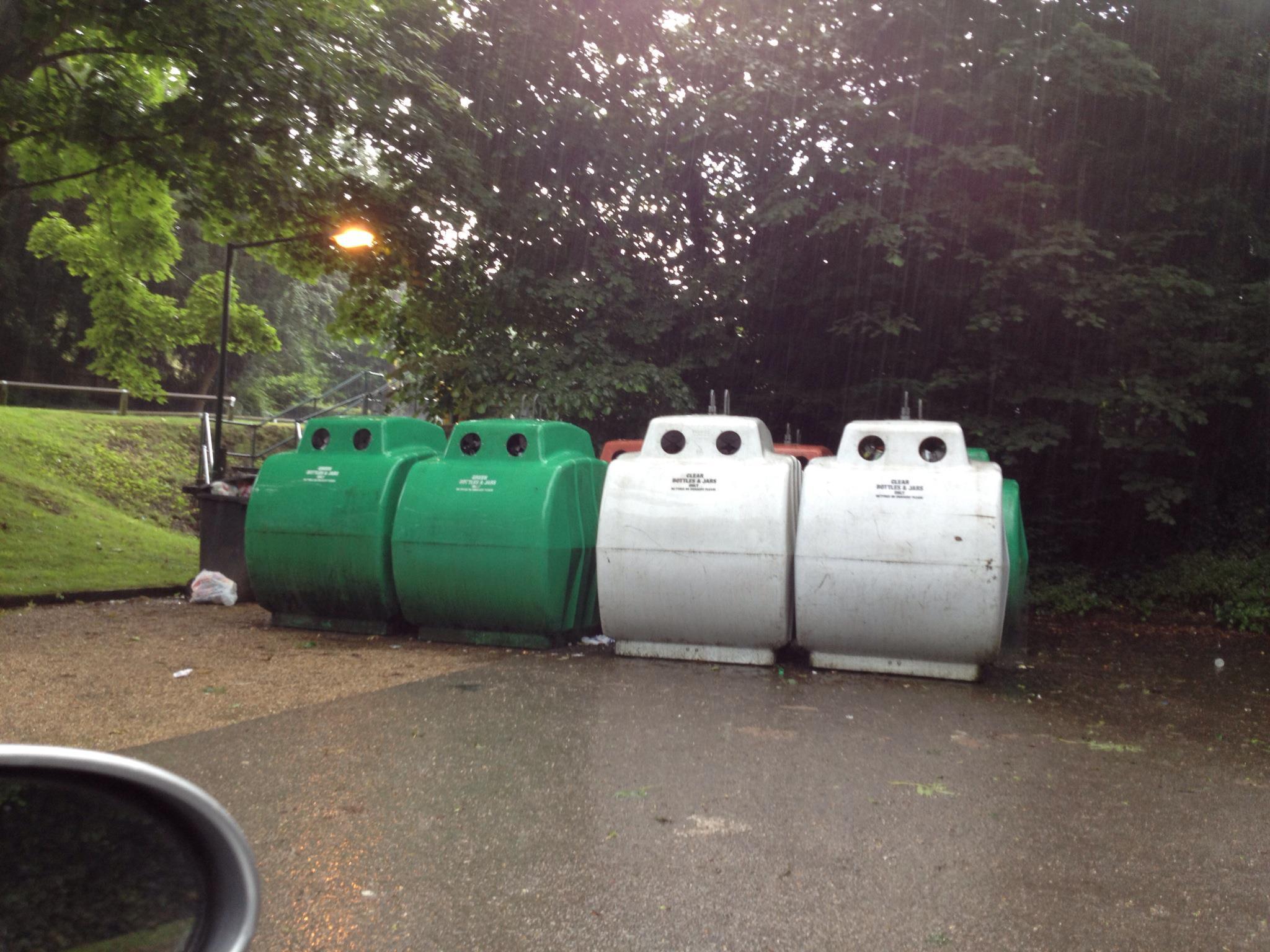 Ightham village recycling bins