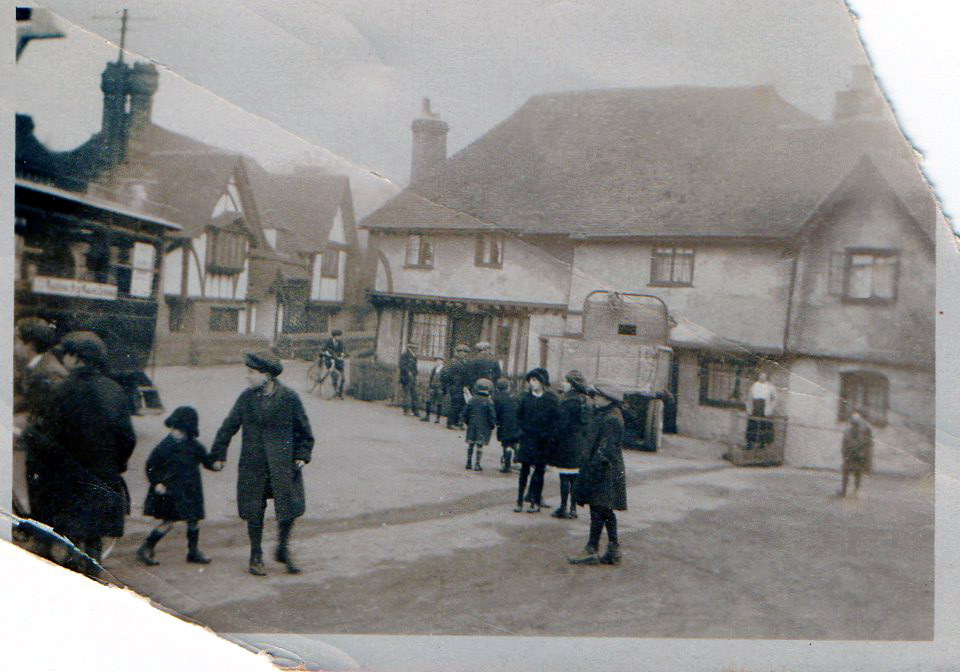 Ightham village centre historical picture